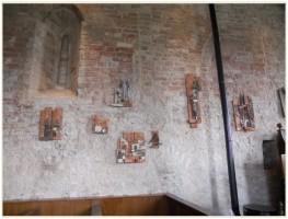 Expositie Greet Koeg met beeldend werk / Kerk van Zuurdijk