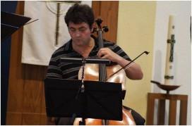 Koffieconcert op Zuurdijk, Martin Grundaj op cello, solo